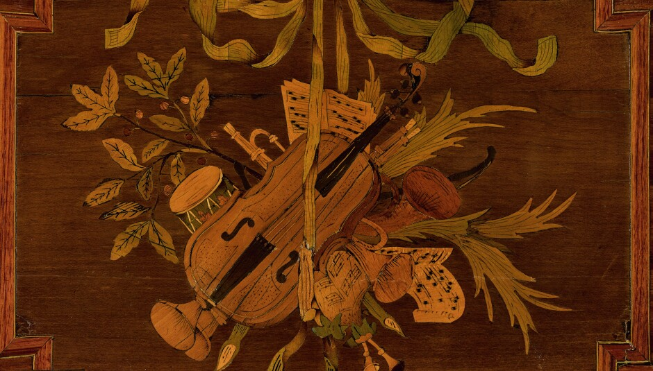 A marquetry design from a piece from an auction selling antique furniture - Sell Antique Furniture - Antique Consignment Sotheby's